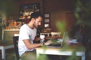 freelancerio samdymas kaip isvengti nesusipratimu ir pasirinkti geriausia specialista