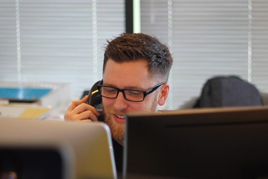 sodros-konsultacijos-telefonu-daugiau-gyventoju