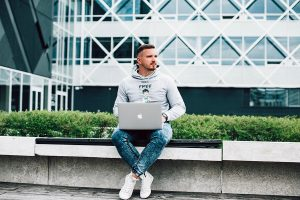 Atsiveria naujos galimybės laisvai samdomiems specialistams ir jų ieškančiam verslui Lietuvoje